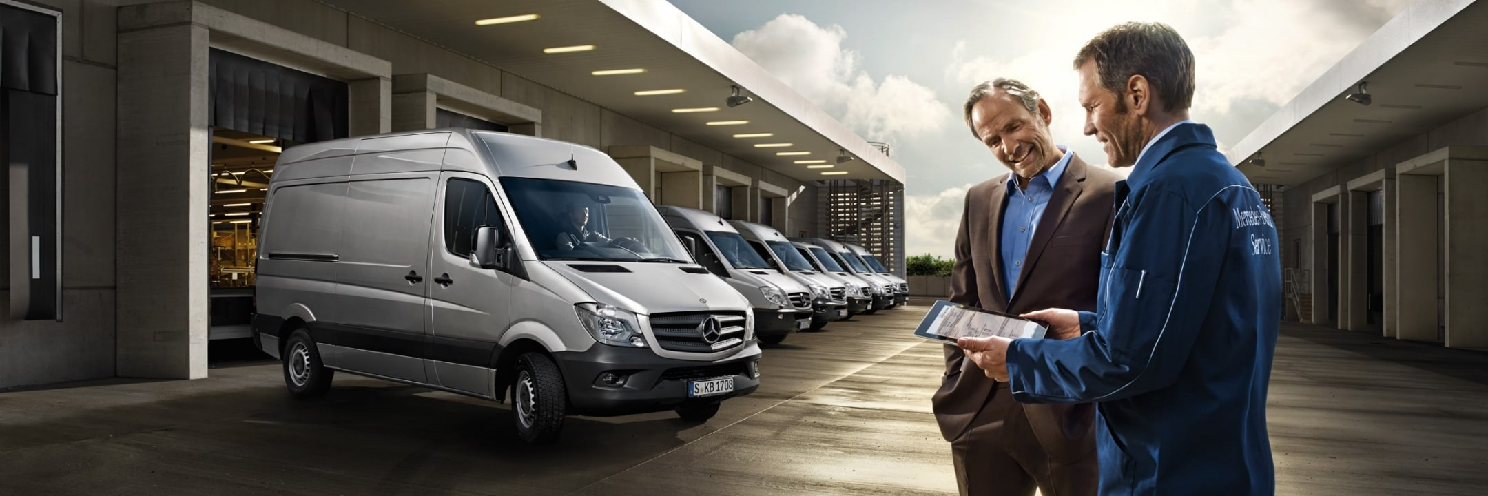 Contact Mercedes-Benz, Sprinter